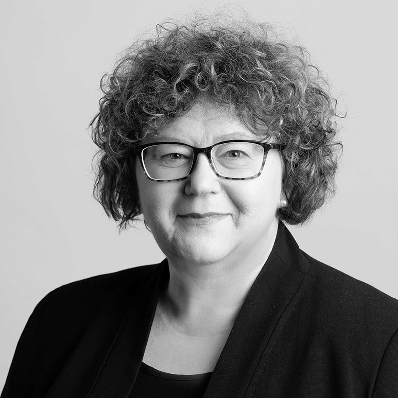 Julie's profile image.